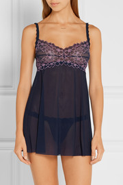 Hanky Panky Dahlia embroidered lace-trimmed mesh chemise and thong set