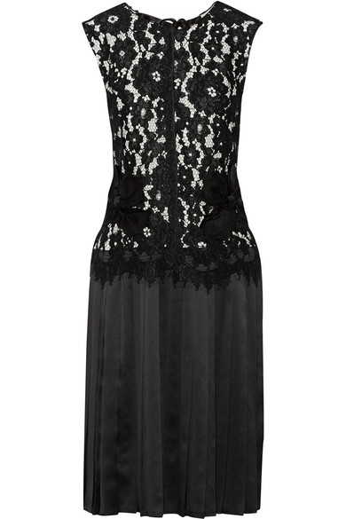 marc jacobs female 188971 marc jacobs corded lace and pleated silksatin dress black