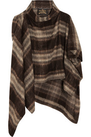 Gaia brushed knitted cape
