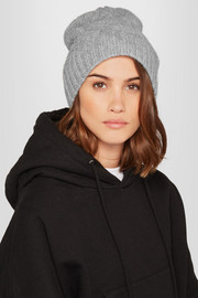 Frame Cable-knit cashmere beanie