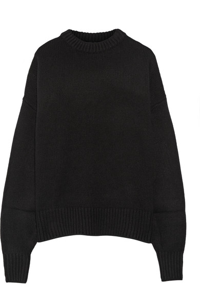 Exact Product: Kendall Jenner Black Oversized Sweater Street Style Spring Summer 2019, Brand: The Row, Available on: net-a-porter.com, Price: $805