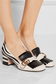 Two-tone fringed leather pumps