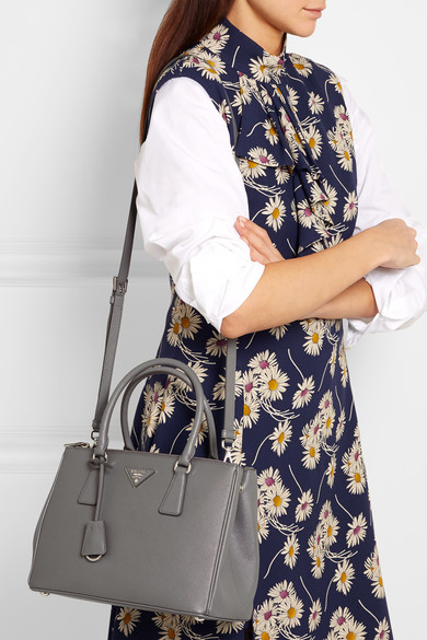 4cb690b7 Prada | Galleria medium textured-leather tote | NET-A-PORTER.COM