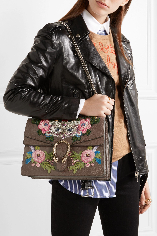Gucci Dionysus mittelgroße Schultertasche aus Leder mit Verzierungen und Applikationen