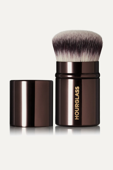 Retractable Kabuki Brush - Colorless