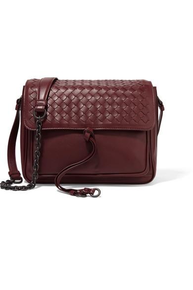Bottega Veneta - Saddle Small Intrecciato Leather Shoulder Bag - Burgundy