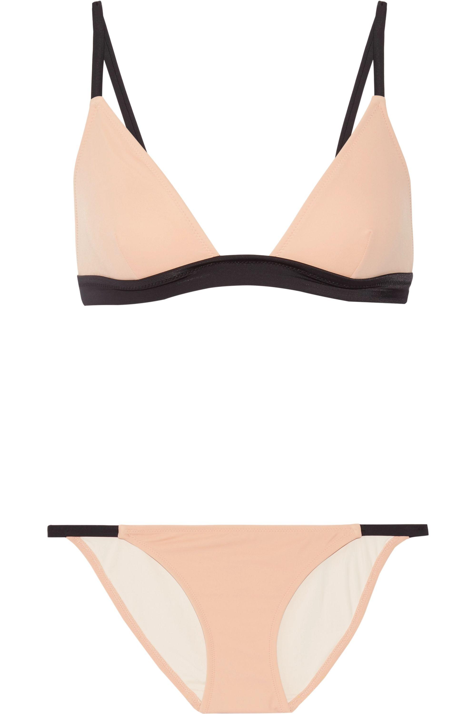 Solid & Striped The Morgan triangle bikini