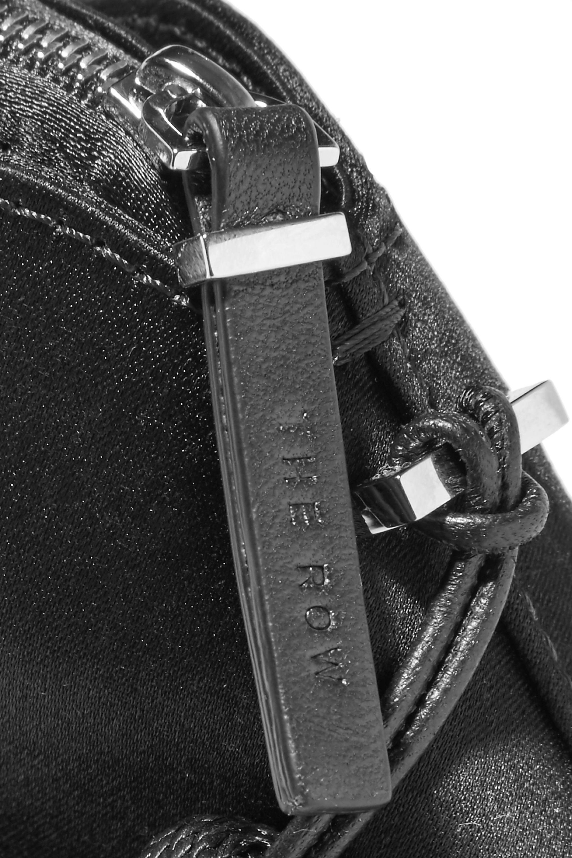The Row Wristlet mini Clutch aus Satin mit Troddeln