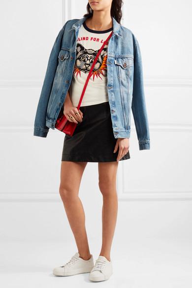 Gucci Bedrucktes T-Shirt aus Baumwoll-Jersey mit Applikation Billig Zuverlässig eYWR0