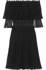 Alexander McQueen Off-the-shoulder ruffled knitted dress