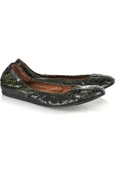 الاحذية الفلاتتميزي مع احذية uggتميزي باجمل حذاءتميزي بشنطتك من لويس