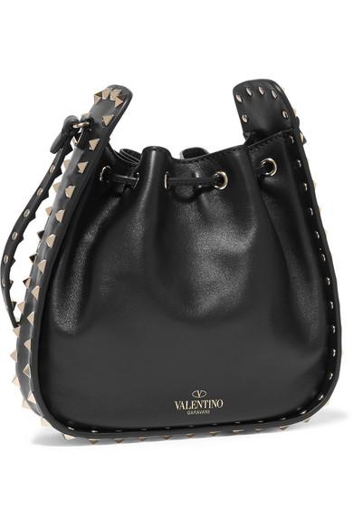 Valentino Rockstud Bucket Schultertasche aus Leder