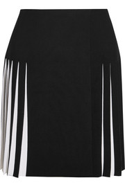 Pleated two-tone knitted mini skirt