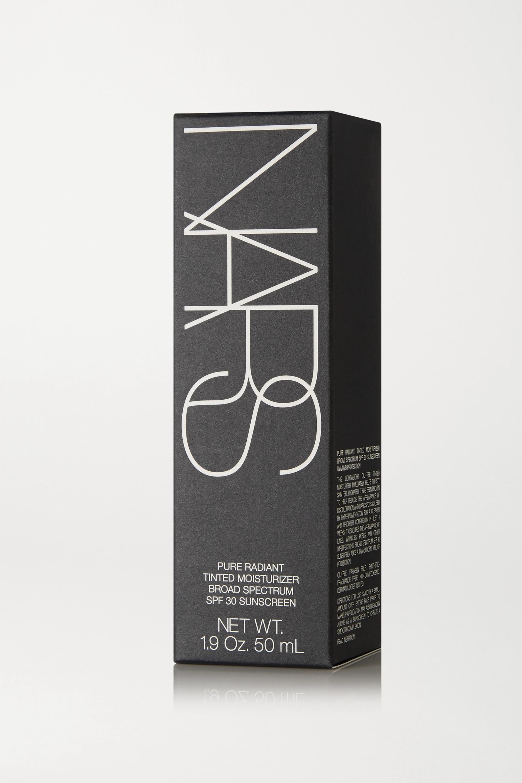 NARS Soin hydratant teinté Pure Radiant SPF 30, St. Moritz, 50 ml