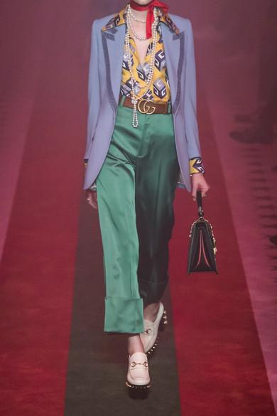 Gucci Hemd aus Seiden-Twill mit Print und Schluppe Billig 2018 Neu Footlocker Finish Günstig Online Rabatt Günstig Online y9XfrjsNMi