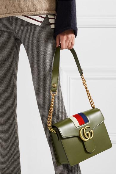 Kaufen Neueste Gucci GG Marmont Schultertasche aus Leder mit gestreiftem Canvas-Besatz 2018 Online-Verkauf YBKP4hpVv