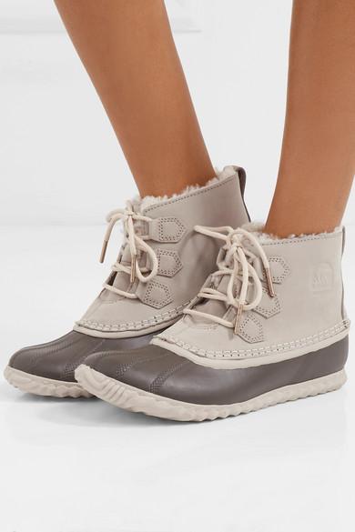 Sorel Out'N About wasserfeste Stiefel aus Nubukleder und Shearling
