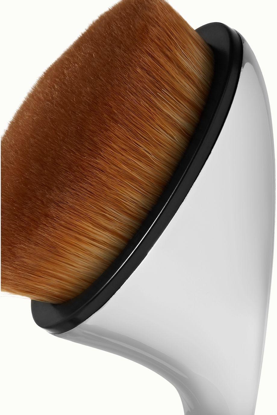 Artis Brush Fluenta Oval 6 Brush