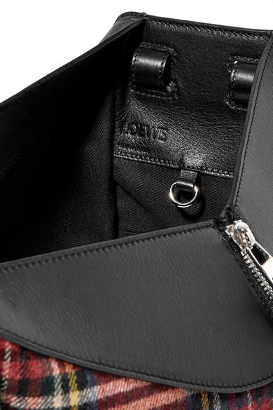 Loewe Hammock kleine Schultertasche aus strukturiertem Leder mit Canvas-Besatz