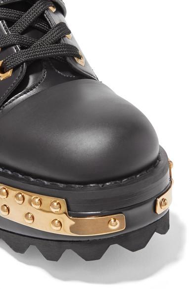 Prada Verzierte Ankle Boots aus Leder mit Keilabsatz