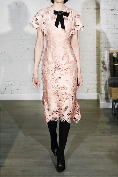 Lela Rose Kleid aus Guipure-Spitze mit Rüschendetail