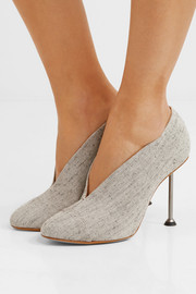 Pin canvas pumps