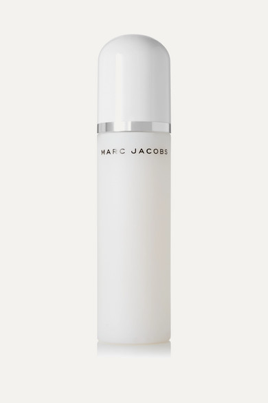 6b4ab2edbad9 Marc Jacobs Beauty. Re(cover) Coconut Setting Spray ...