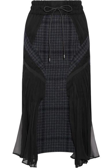 Sacai - Chiffon-paneled Houndstooth Wool-blend Tweed Midi Skirt - Midnight blue