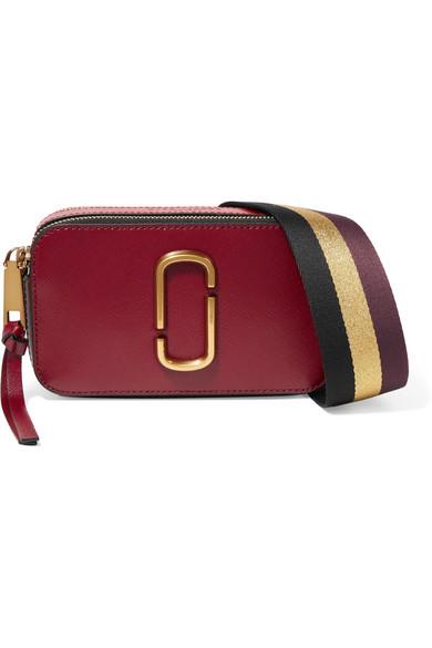 marc jacobs female marc jacobs snapshot texturedleather shoulder bag burgundy
