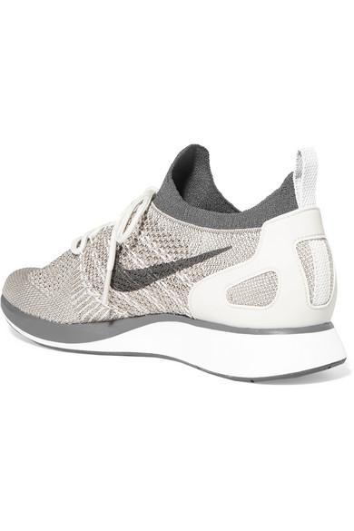 Nike Air Zoom Baskets Métalliques Mariah-flyknit Avec Lederbesatz