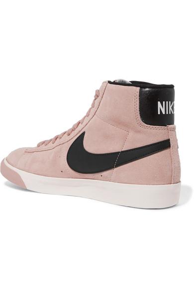 Nike. Baskets montantes en daim à finitions en cuir Vintage Blazer. €87.88.  SAISONNIER. Zoom