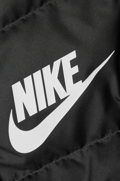 Nike Daunenweste aus gestepptem Shell