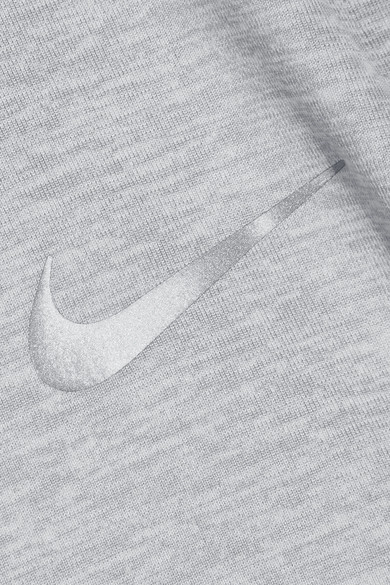 Nike Element Tanktop aus Dri-FIT-Stretch-Material