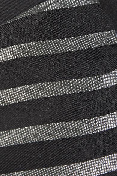 Nike Power Epic Lux Leggings aus Dri-FIT-Stretch-Material mit Streifen in Metallic-Optik