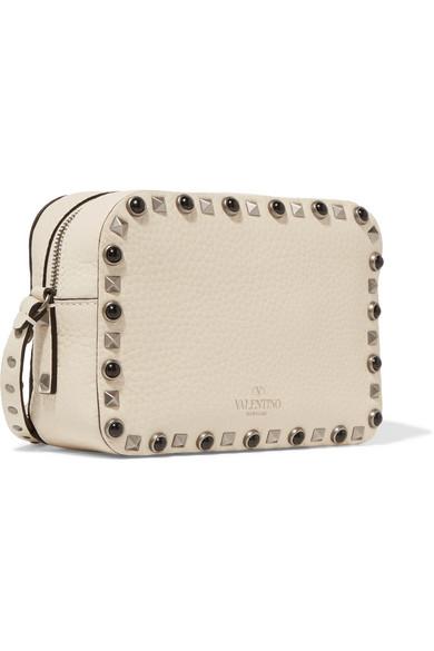 Valentino Rockstud mittelgroße Kameratasche aus strukturiertem Leder