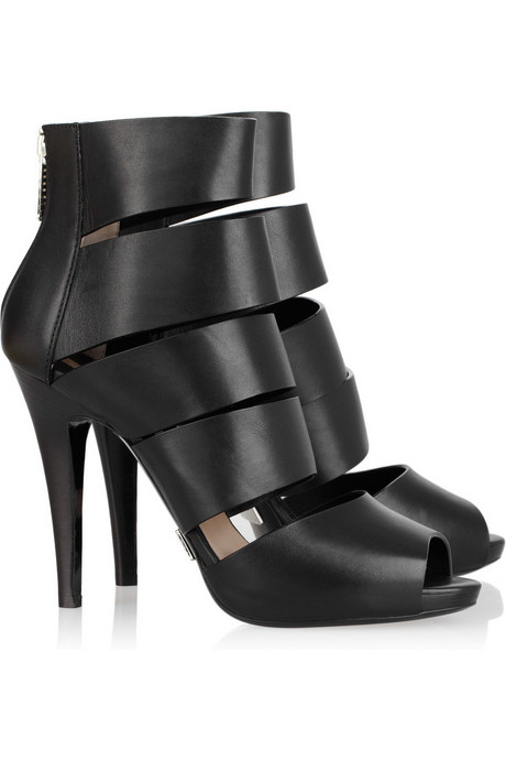http://cache.net-a-porter.com/images/products/96985/96985_in_dl.jpg