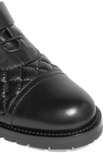 Valentino Rockstud Ankle Boots aus gestepptem Leder