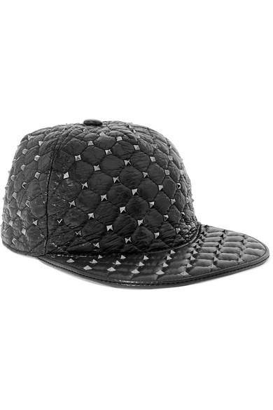 The Rockstud Quilted Glossed Textured-Leather Baseball Cap in Black