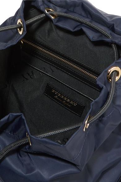 Burberry Rucksack aus Gabardine mit Lederbesätzen