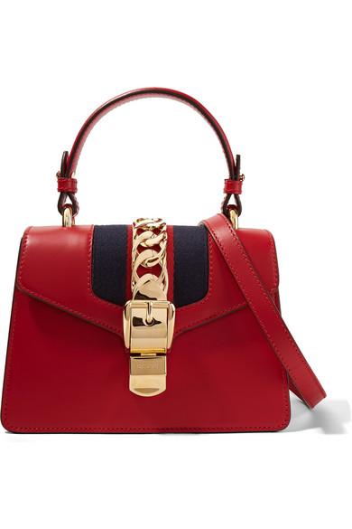 Gucci Sylvie mini Schultertasche aus Leder und Canvas mit Kettenverzierung Rabatt-Angebote eticikTh