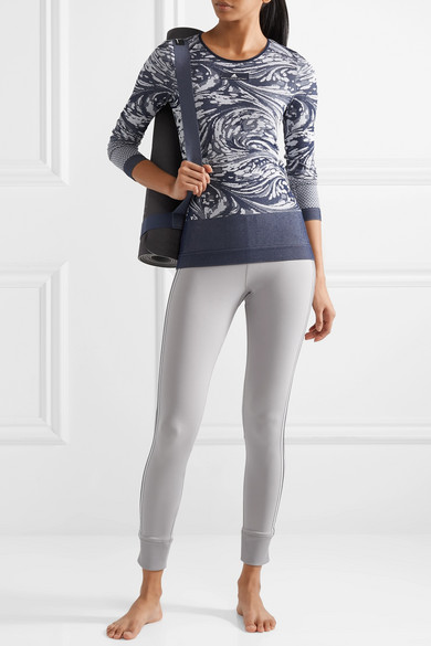 adidas by Stella McCartney Oberteil aus Stretch-Jacquard-Strick mit Cut-outs