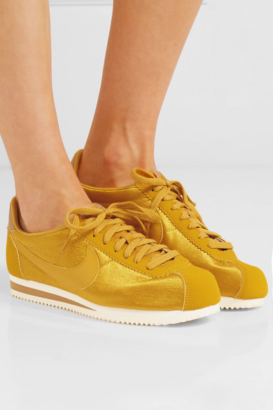 Nike Classic Cortez Sneakers aus Mesh mit Besätzen aus Nubuklederimitat und Leder