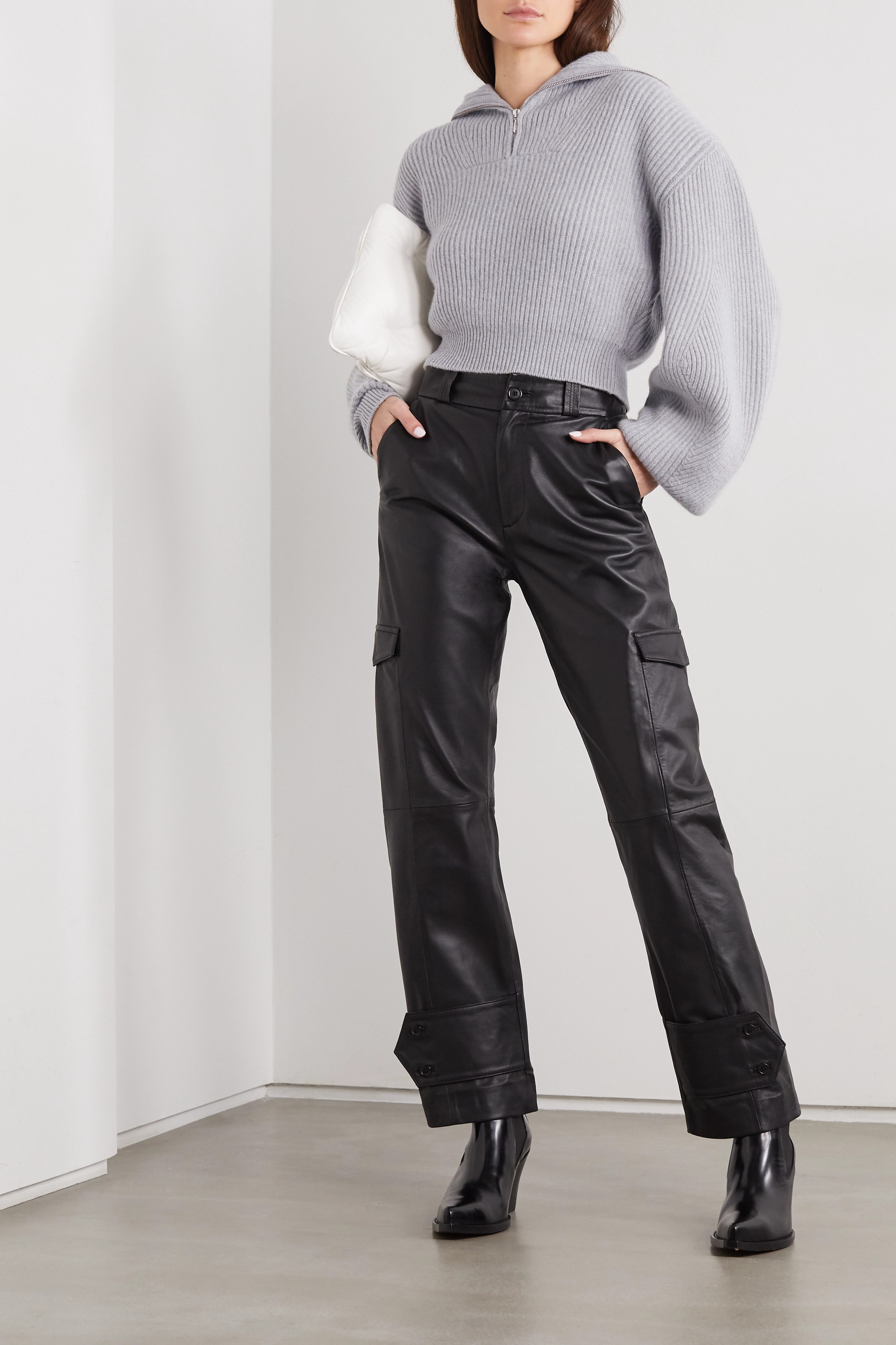 MAGDA BUTRYM Cropped ribbed cashmere sweater