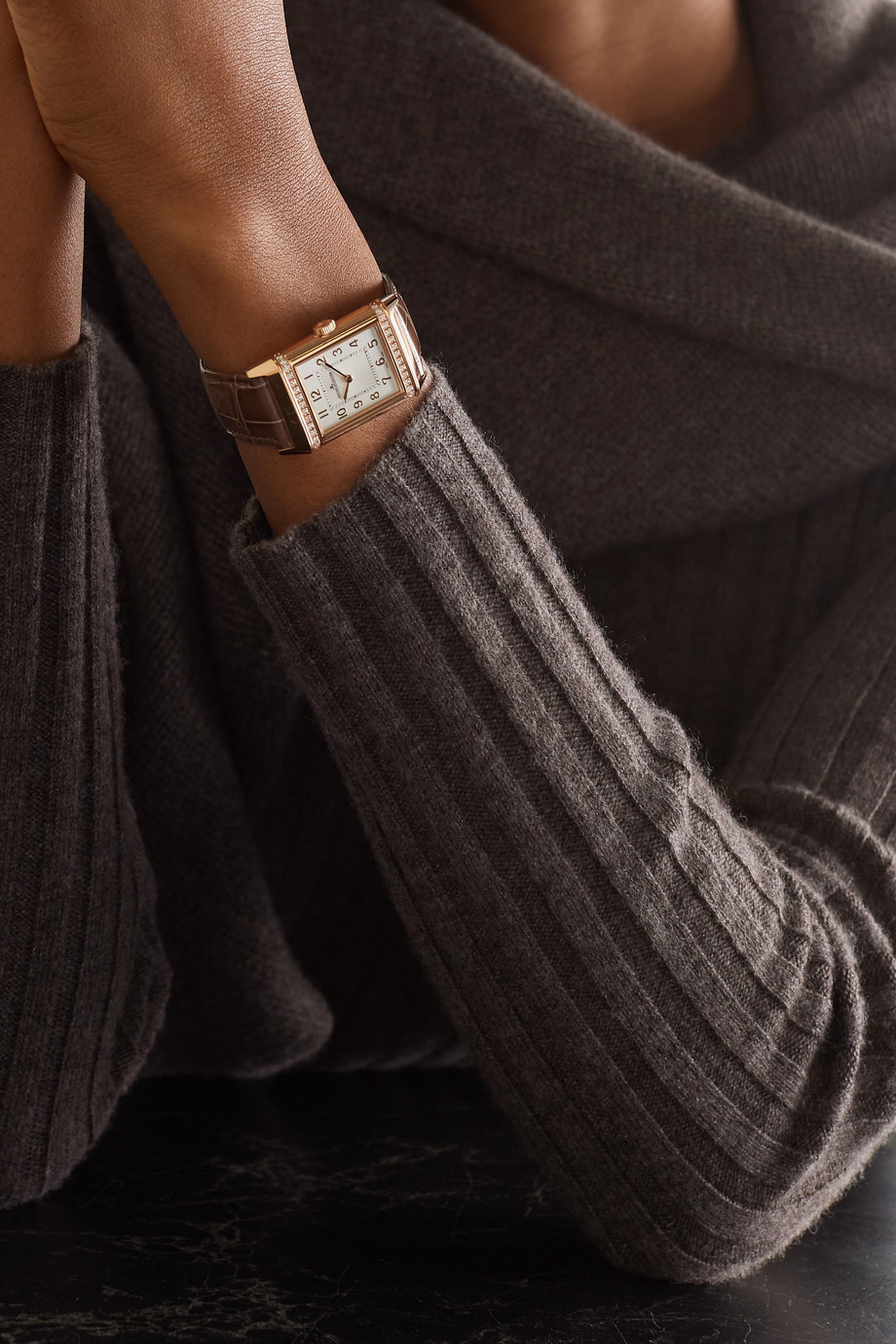 JAEGER-LECOULTRE Reverso Classic Duetto Automatic 24mm medium 18-karat rose gold, alligator and diamond watch