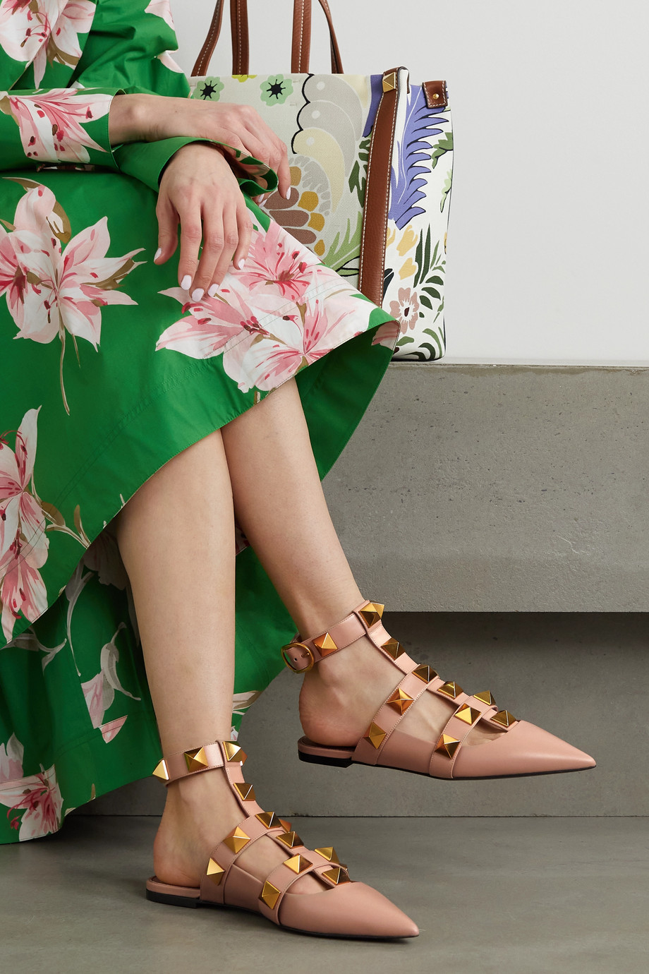VALENTINO Valentino Garavani Roman Stud leather point-toe flats