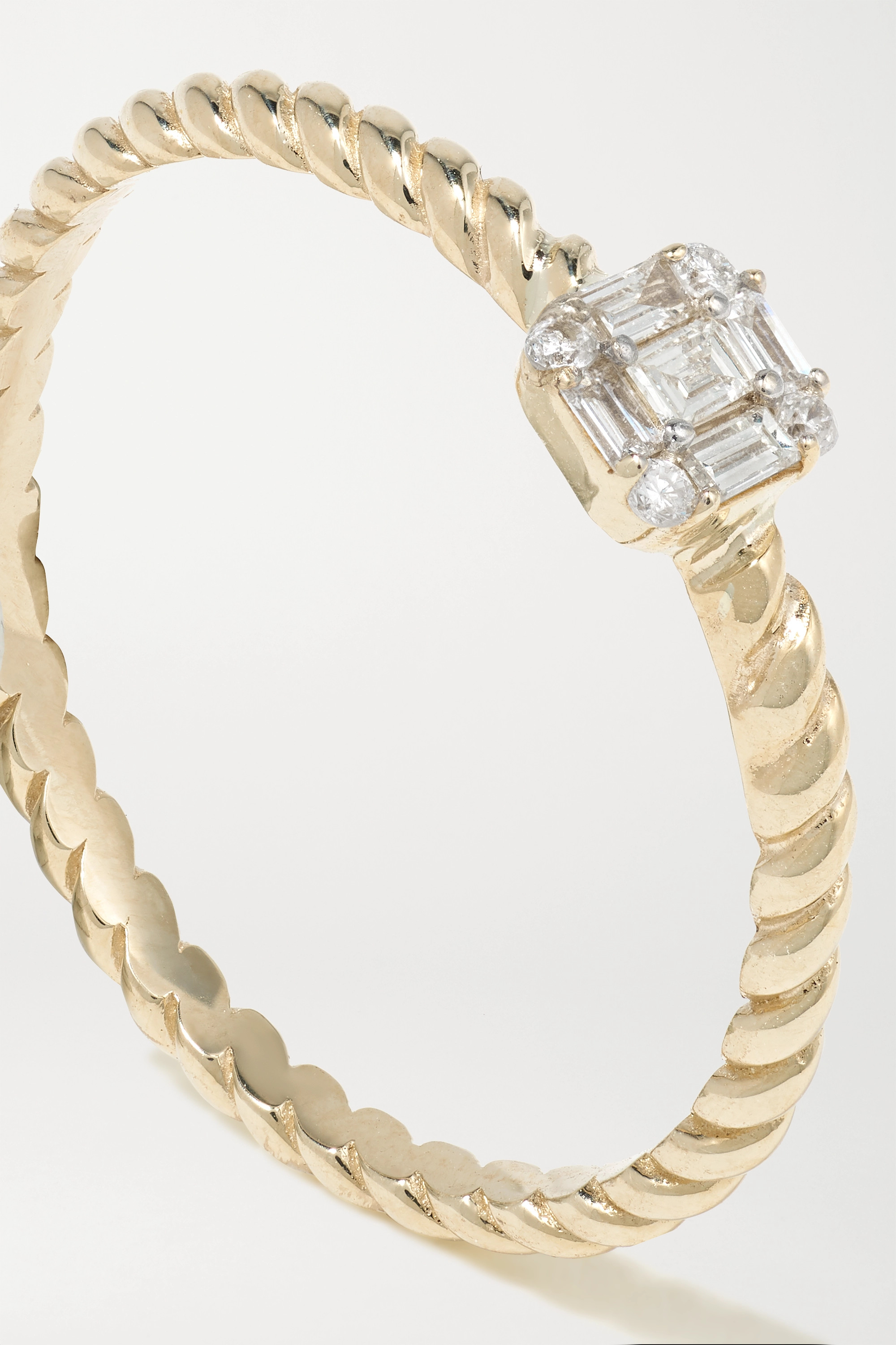 STONE AND STRAND Shield of Strength 9-karat gold diamond ring