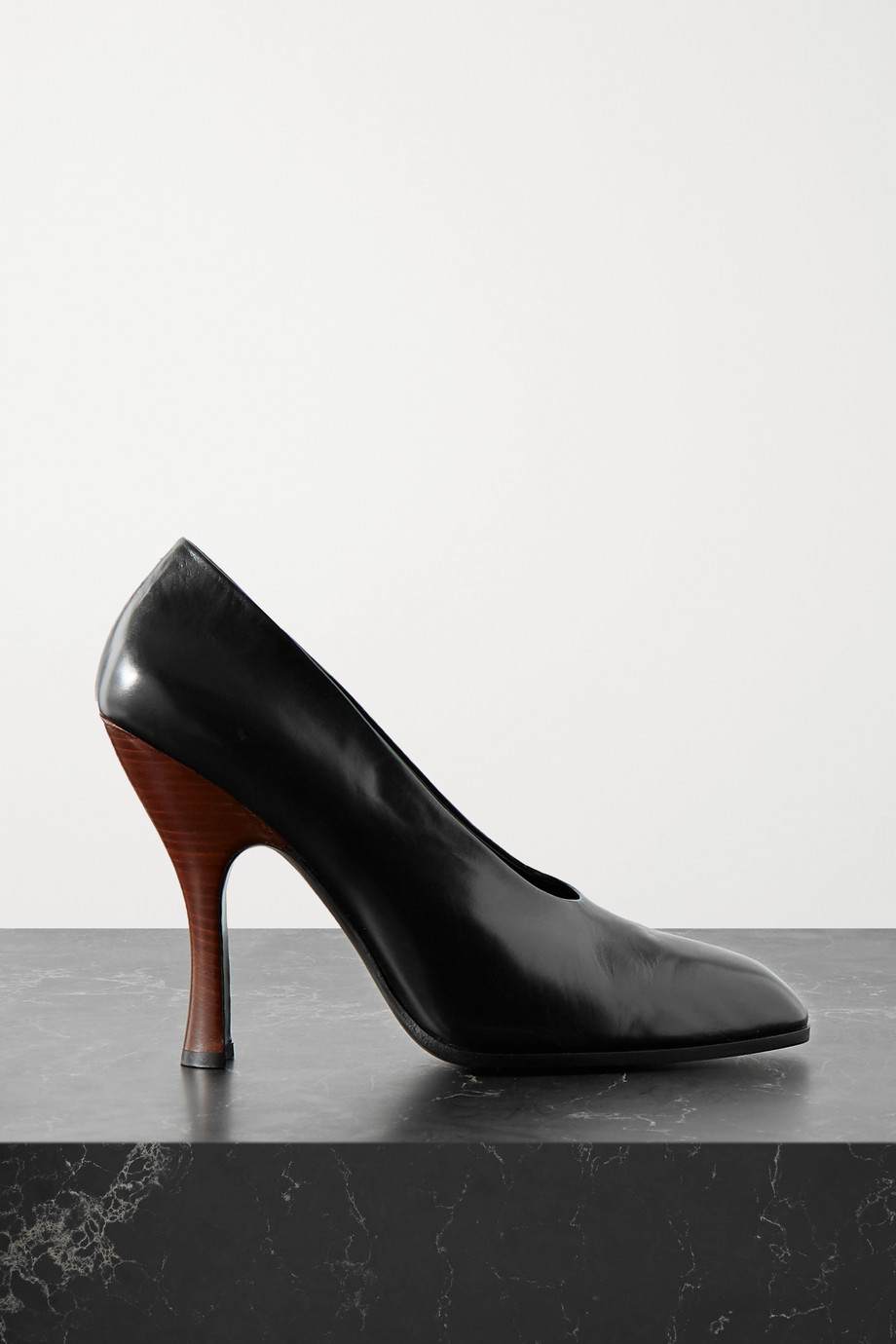 THE ROW Jade leather pumps
