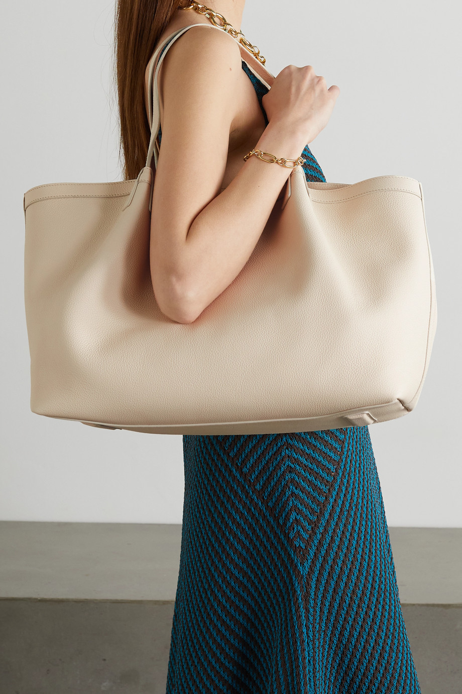 SERAPIAN Secret small textured-leather tote