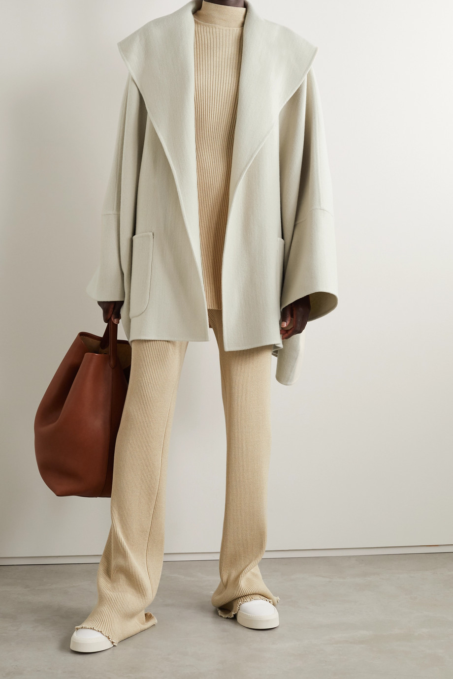 THE ROW Saki oversized cashmere, wool and silk-blend coat