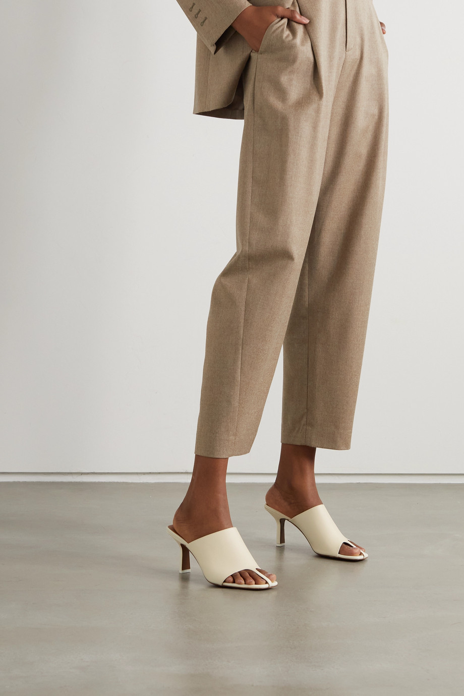 NEOUS + NET SUSTAIN Jumel leather mules